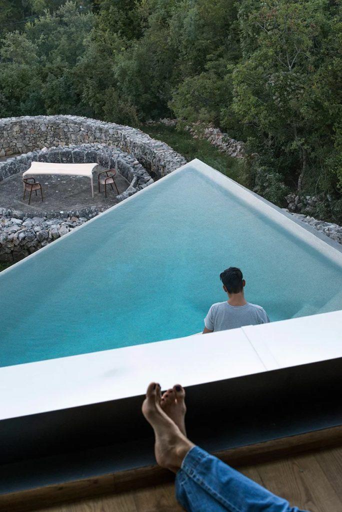 Jedinečný bazén u vily