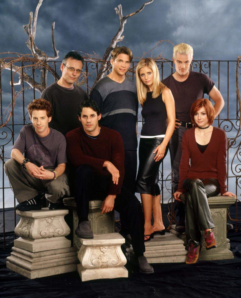 V originálním znění Buffy uslyšíte i český jazyk z úst mnichů