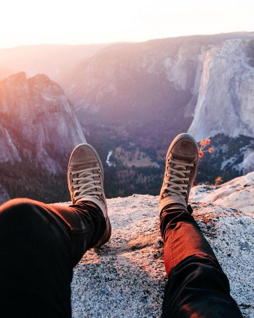 S příchodem kaučuku a nových výrobních procesů se boty staly dostupnými pro každého