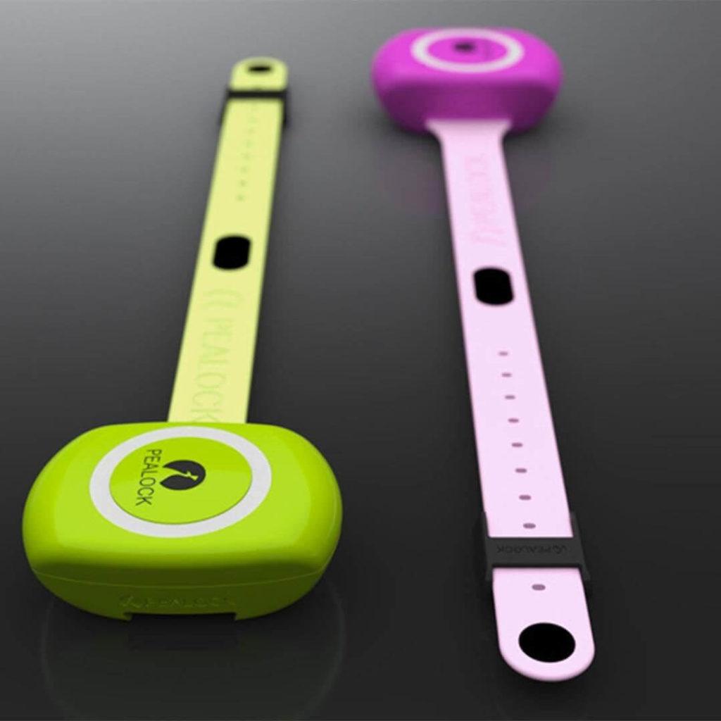 Pealock elektronický zámek ve dvou barevných  variantách