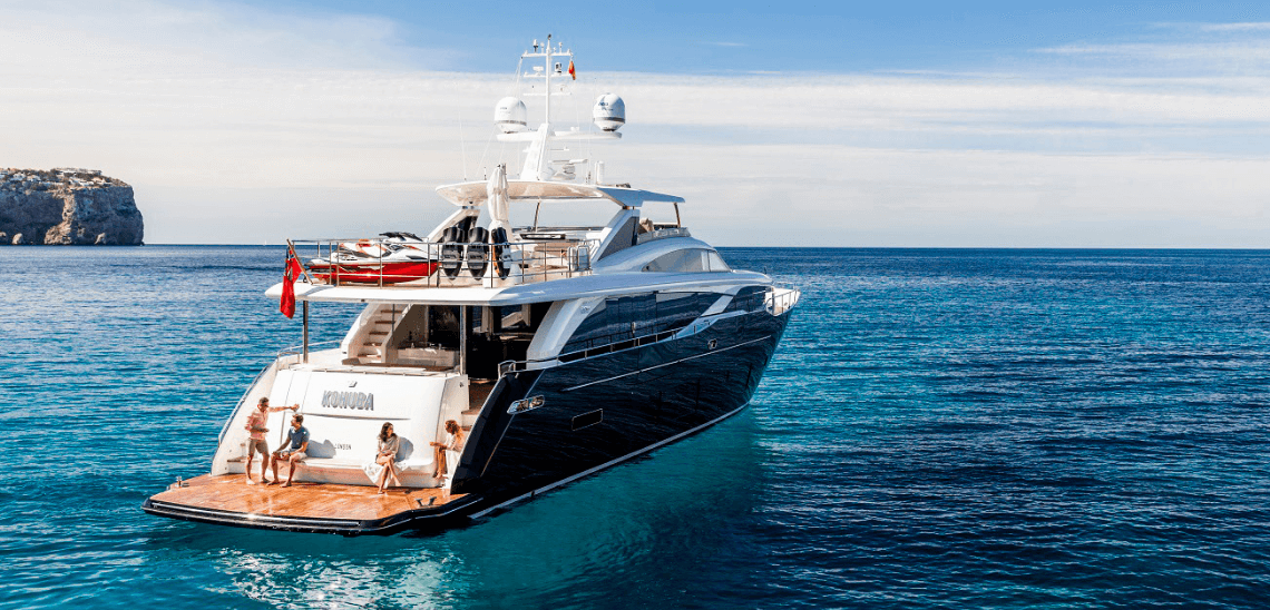 Luxusní dovolení s přáteli na jachtě