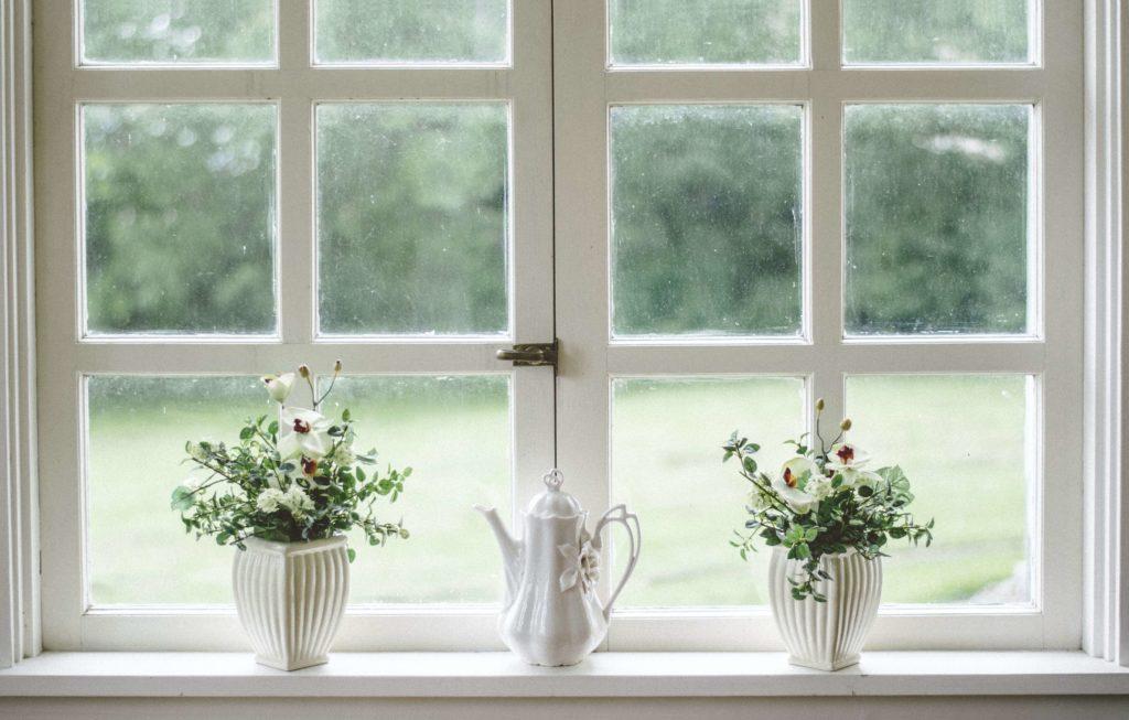 vintage styl dekorace na okno