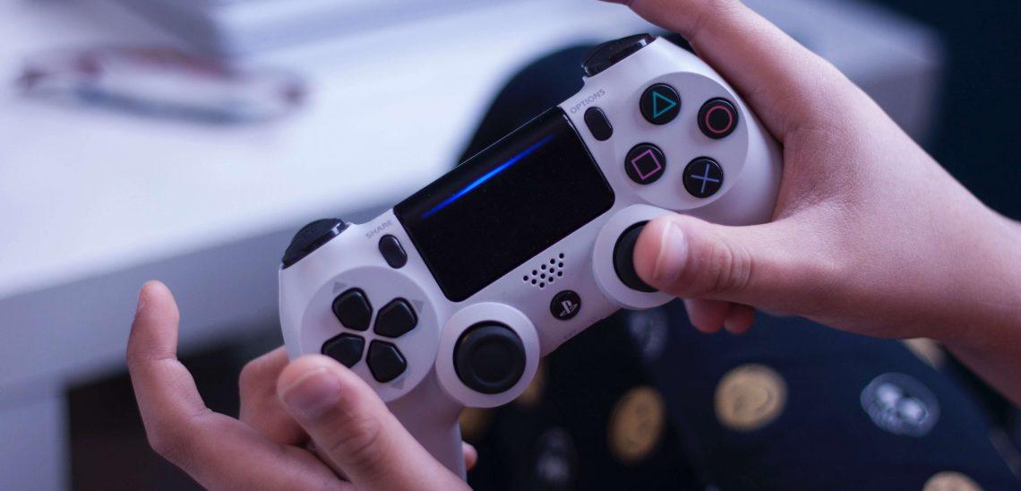Hry pro dva - PS4 lze hrát ve dvou i v karanténě